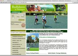 Website in neuem Fenster öffnen - Aktivurlauber schwingen sich auf Fahrräder und E-Bikes